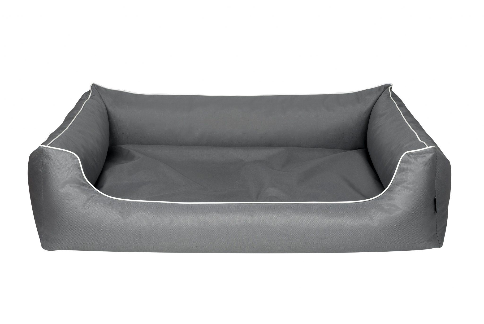 Pelech Cazo Outdoor Maxy silver je outdoorový pelech určený hlavne pre veľkých psov s možnosťou výberu 3 veľkostí až do rozmeru 120 x 90 cm.