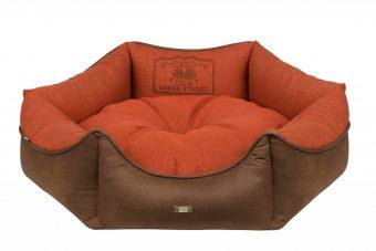 Pelech Cazo Baker street King oranžový je pohodlný a kvalitný pelech pre psa alebo mačku. Moderný dizajn, komfort, kvalitné spracovanie materiálov a jednoduchá údržba.