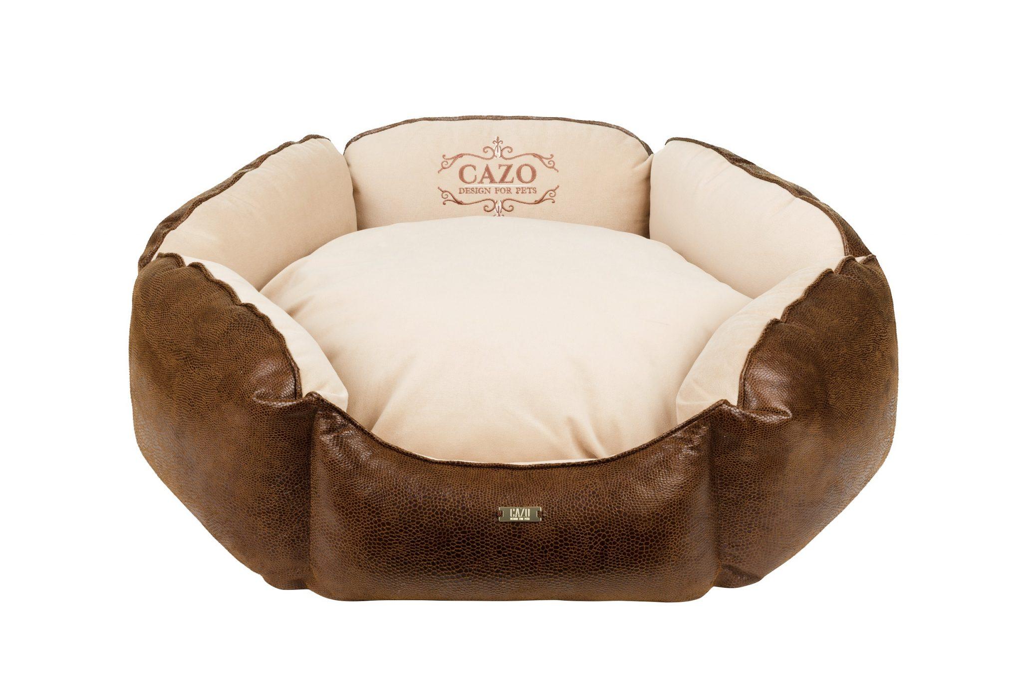 Pelech Cazo Classy King hnedý, spĺňa všetky náročné kritéria potrebné pre pohodlie vášho domáceho maznáčika, ktorými sú kvalita, komfort, moderný dizajn, originalita a jednoduchosť v údržbe.