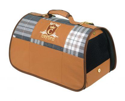 Transportná taška Cazo Oxford, spĺňavšetky náročné kritéria potrebné pre pohodlie pri transporte vášho domáceho maznáčika, ktorými sú bezpečnosť, kvalita, prievzdušnosť, komfort, moderný dizajn, originalita a jednoduchosť v údržbe.