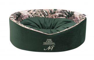 Pelech Cazo Original One King zelený, je pelech pre odvážnych milovníkov domácich maznáčikov, zároveň spĺňavšetky náročné kritéria potrebné pre pohodlie vášho domáceho maznáčika, ktorými sú kvalita, komfort, moderný dizajn, originalita a jednoduchosť v údržbe. Dvojfarebný vankúš možnosť kombinácie: zelený alebo vzorovaný (viď. foto) Dostupný je v trochveľkostiach: S - veľkosť LCRG0301/A:  44 х 38 cm M - veľkosť LCRG0301/B:  50 х 46 cm XL - veľkosť :LCRG0301/C : 60 x 50 cm