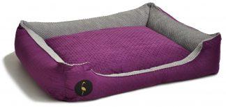 Pelech pre psa Lauren CEZAR | fialová. Vysoká kvalita použítých materiálov, jednoduchá údržba, možnosť prať v automatickej práčke, 3 dostupné veľkosti.